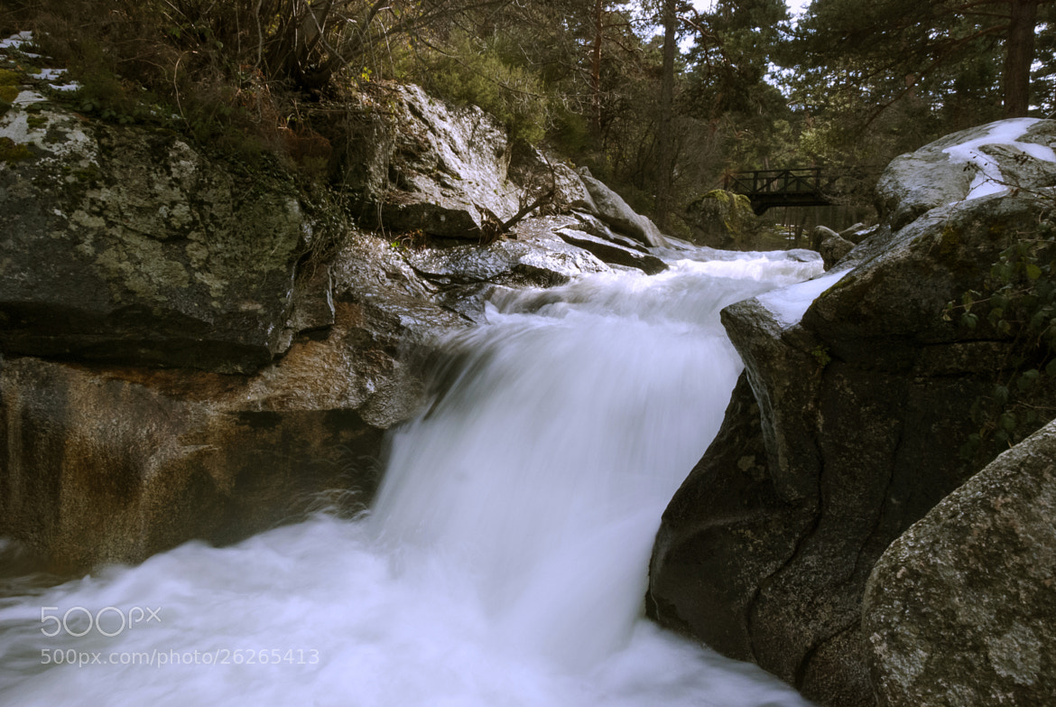 Photograph Small waterfall by Felipe Carrasquilla on 500px