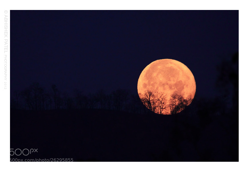 Photograph The mighty Supermoon bids farewell || Reliving the memories of Dang. by Abhishek Patel on 500px