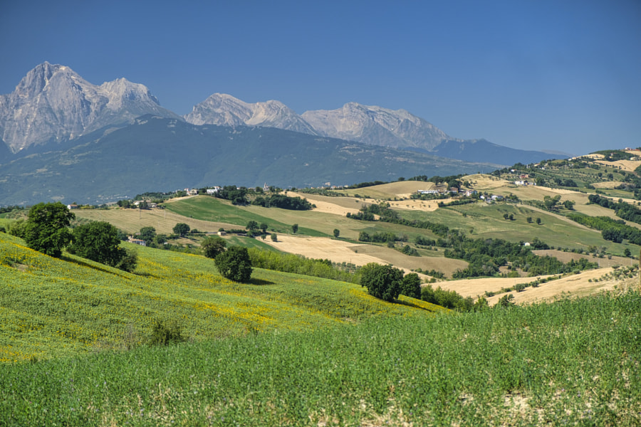 Landscape near Teramo (Abruzzi) at summer by Claudio G. Colombo on 500px.com