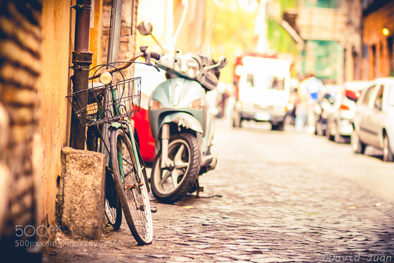 Photograph Trastevere bicycle by David Juan on 500px