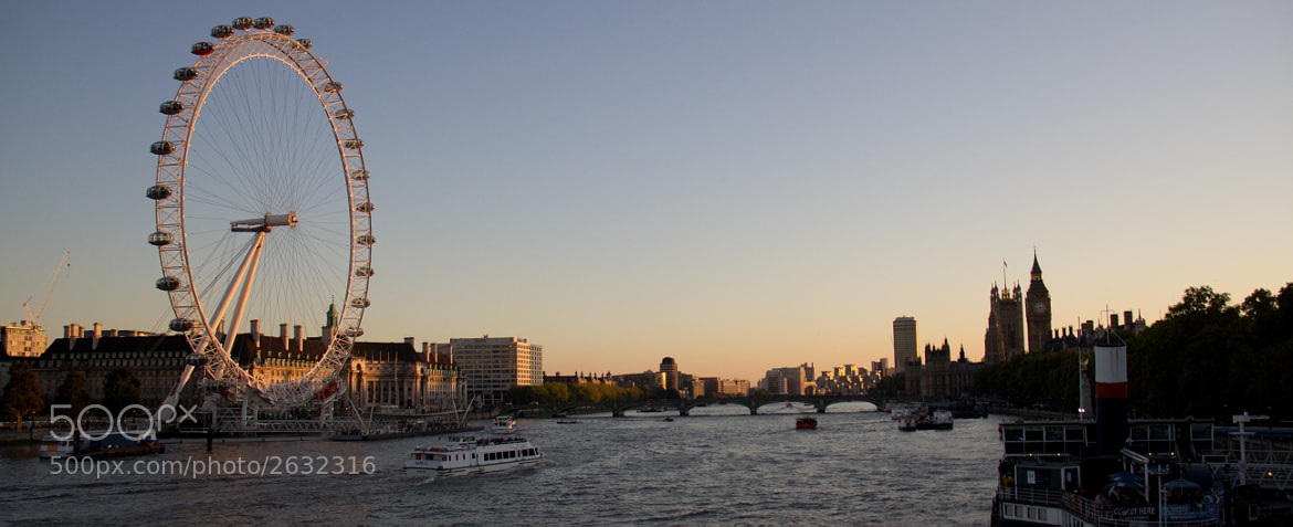 Photograph The Eye of Thames by Christoph Merkel on 500px