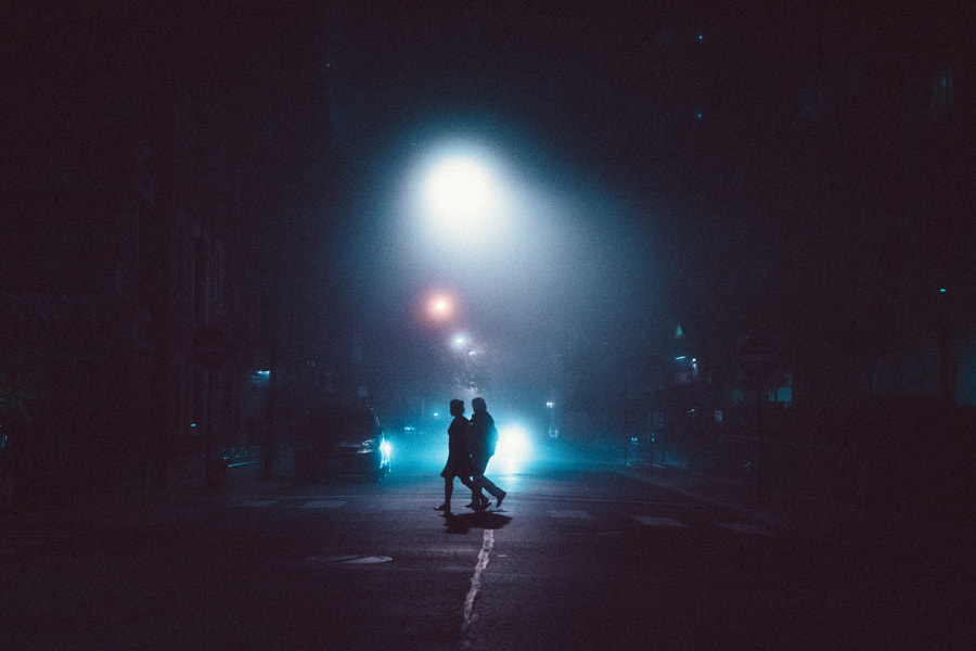 foggy stroll, автор — Romney Wordsworth на 500px.com