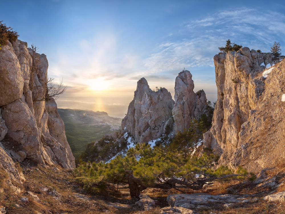 Photograph In an environment of mountains by Dmytro Balkhovitin on 500px