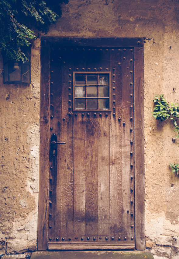 Photograph Vintage door  by Cintia Soto on 500px