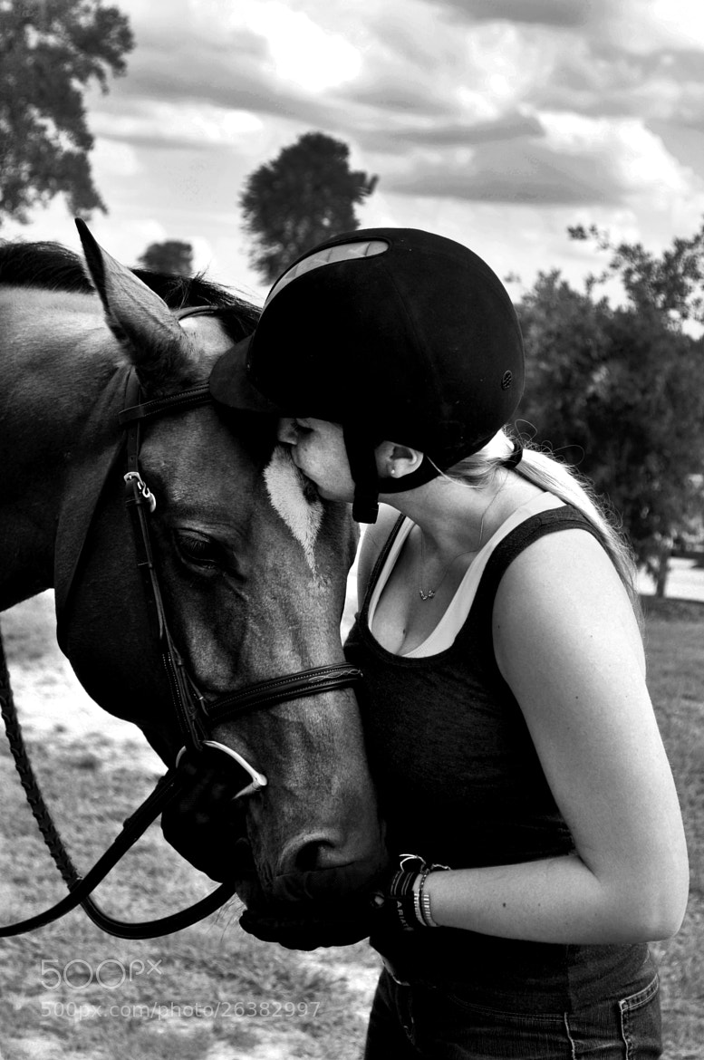 Photograph a girl and her best friend by Adrianne Hanson on 500px