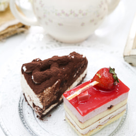 Chocolate Cake and Strawberry Cake 巧克力蛋糕/草莓蛋糕 by Josh Hu (BeAsT1)) on 500px.com