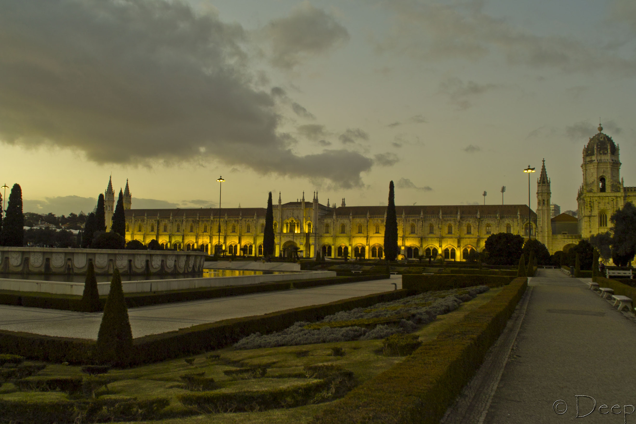 Photograph Mosteiro dos Jeronimos in Belem,Lisbon by DeepInDraw on 500px
