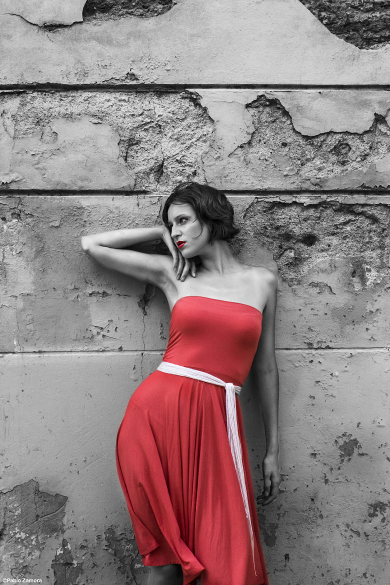 Photograph The women in red by Pablo Zamora on 500px