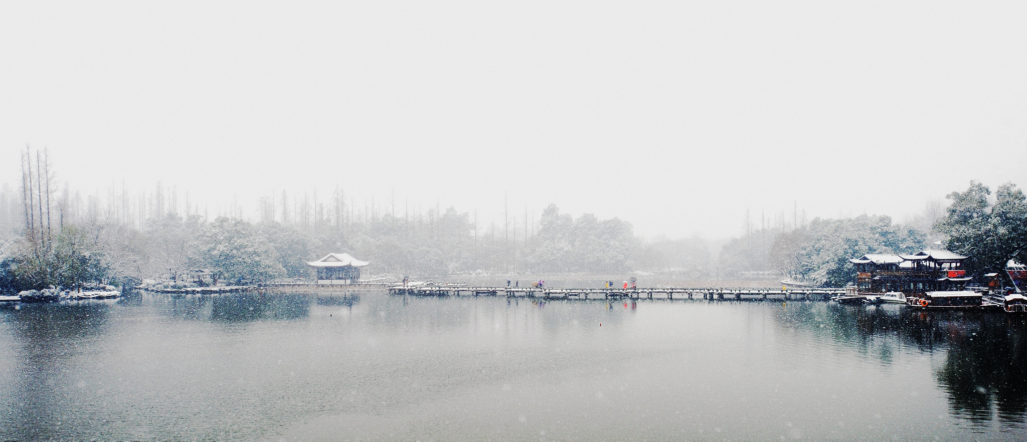 Photograph Winter in Hangzhou, West Lake 杭州, 西湖冬季 #06 ~ an appreciation of Chinese landscapes by Eddie Cheng on 500px