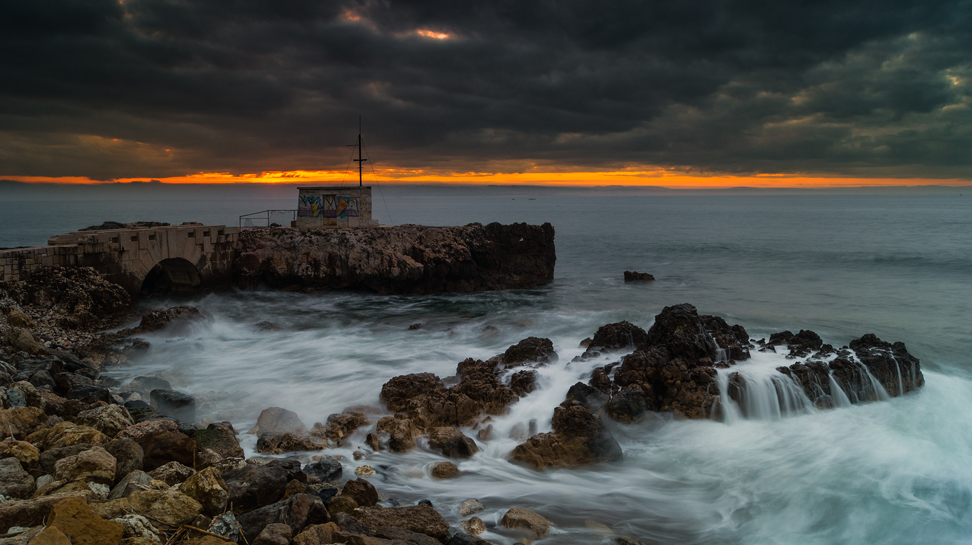 Photograph Water vs sunrise ! by Emanuel Fernandes on 500px