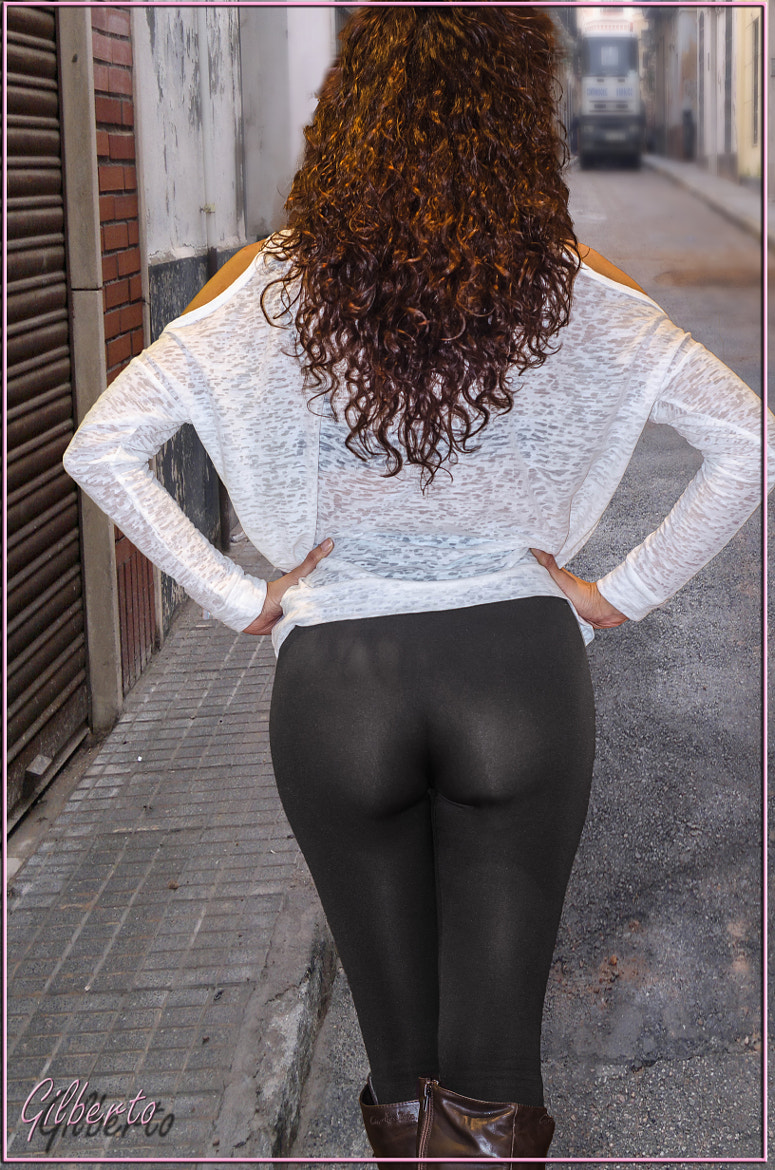Photograph Ass in the street by Gilberto Ancosta on 500px