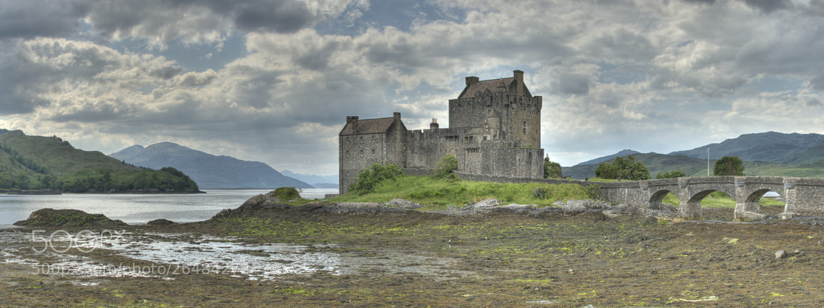 Photograph Eilean Donan castle by Chema Ocaña on 500px