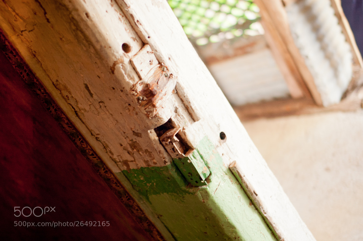 Photograph green and red with door-jamb by alistair noble on 500px