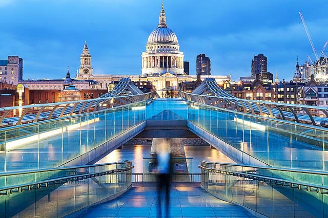 Photograph Millenium Bridge, London. by Alexander Hare on 500px