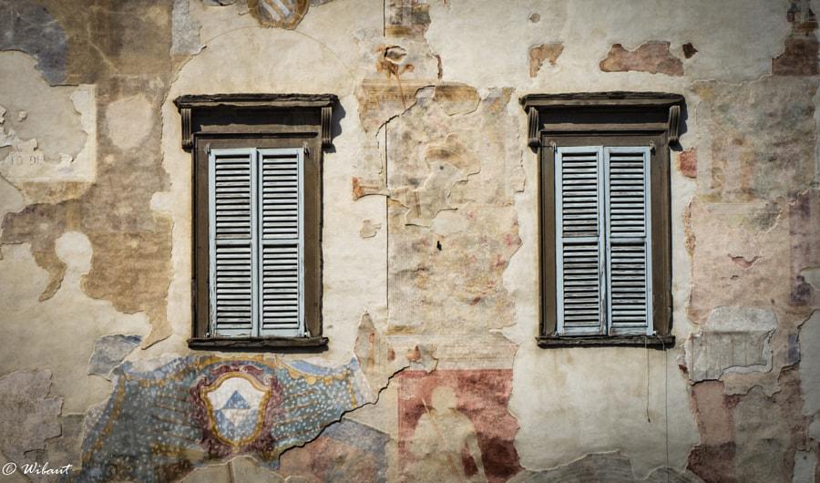Windows of Bergamo, автор — Henri-Daniel Wibaut на 500px.com
