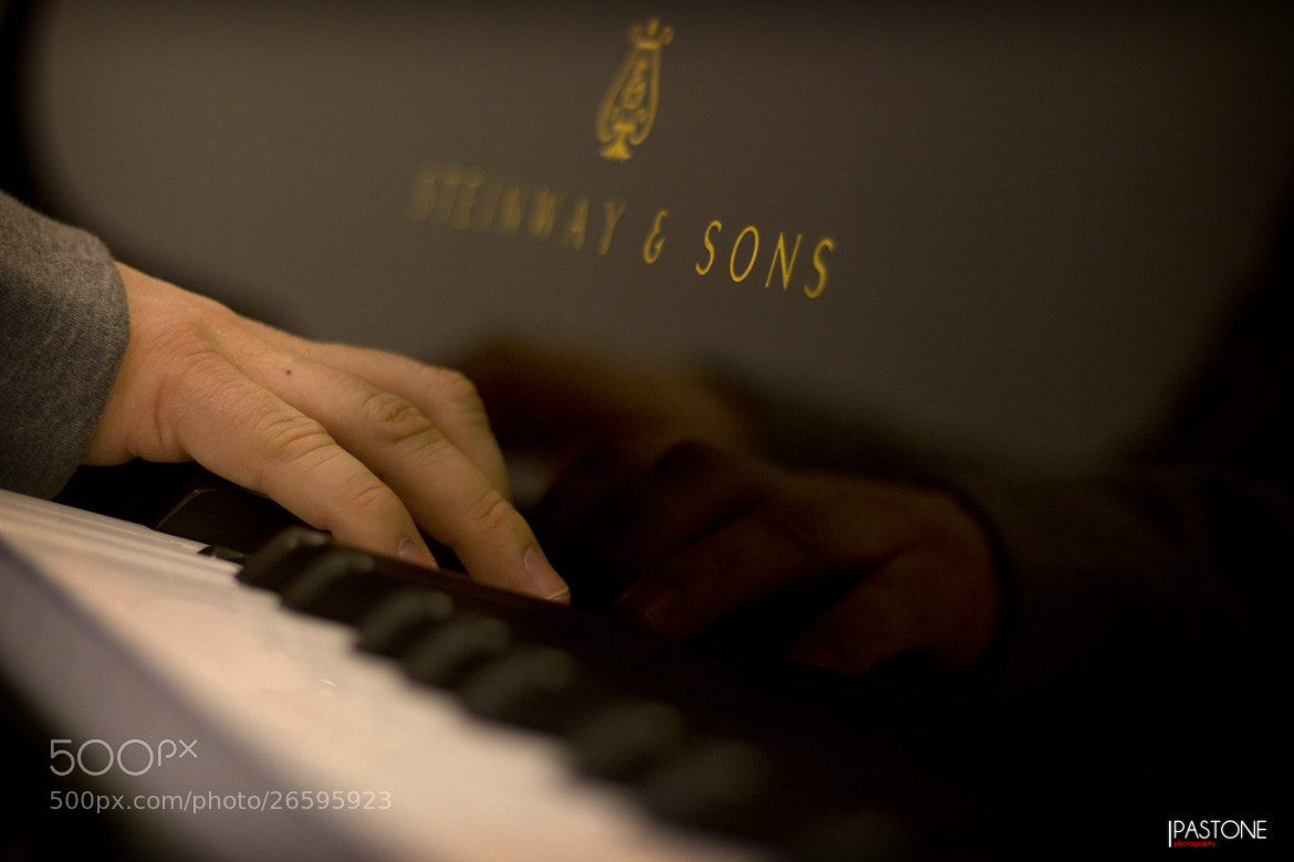 Photograph Songs? by Héctor Pastone on 500px