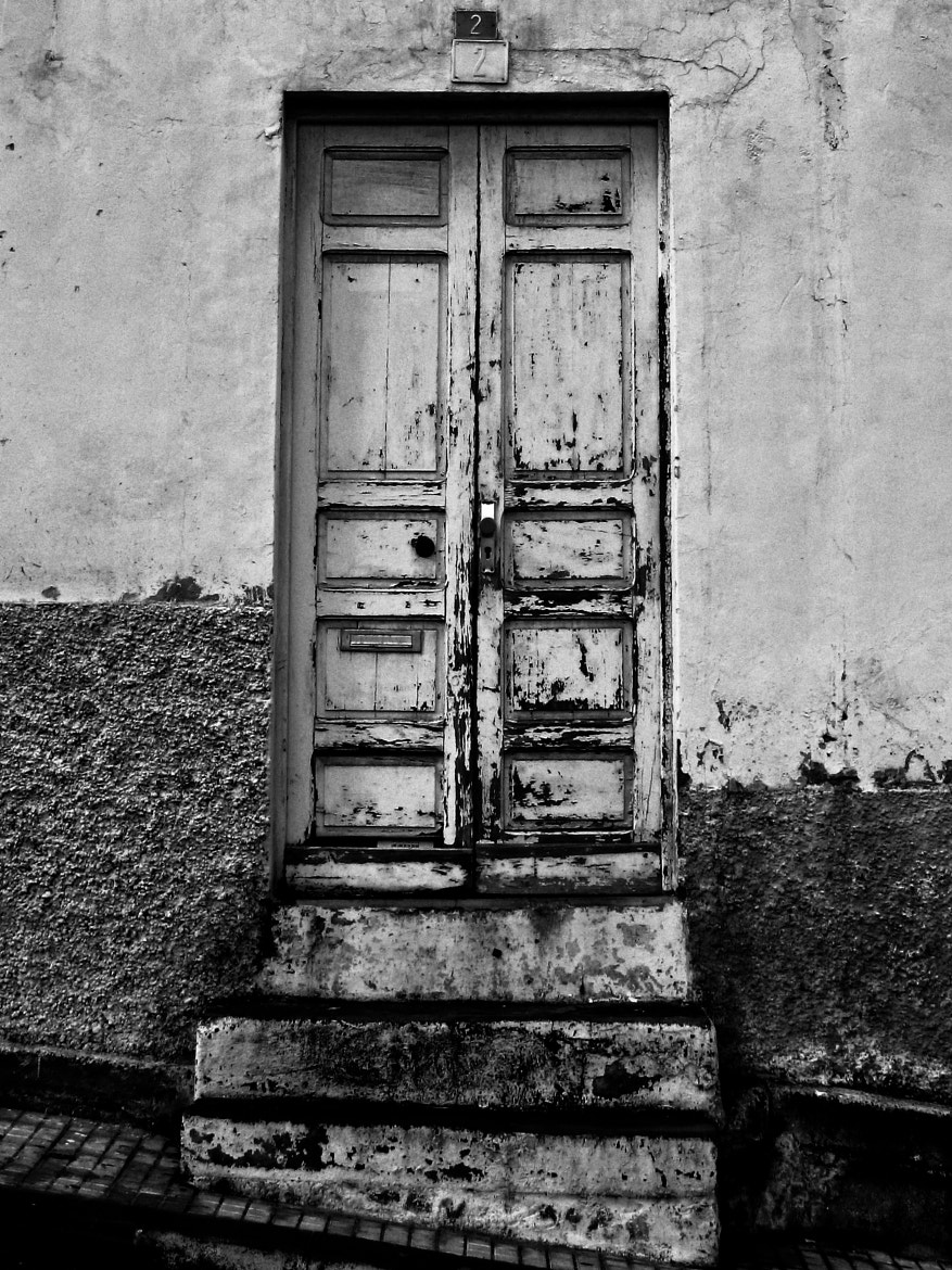 Photograph An old door in P.Cruz, Tenerife by Ofer Perl on 500px