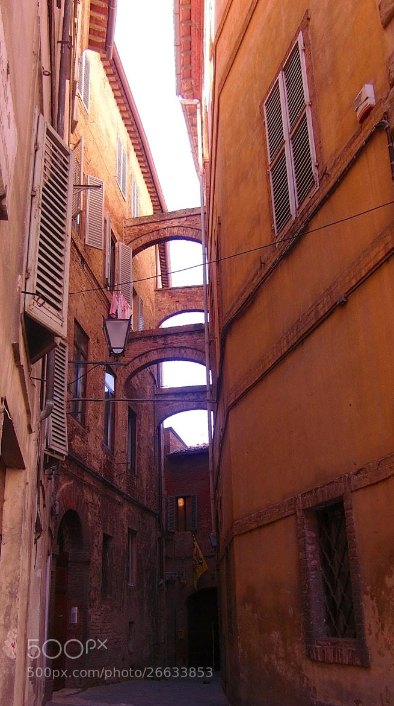 Photograph arquitectura urbana by Jose Maria Vidal Sanz on 500px