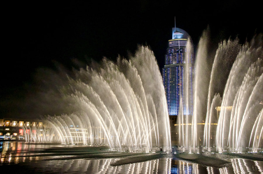 Photograph Dubai Fountain by Leon  on 500px