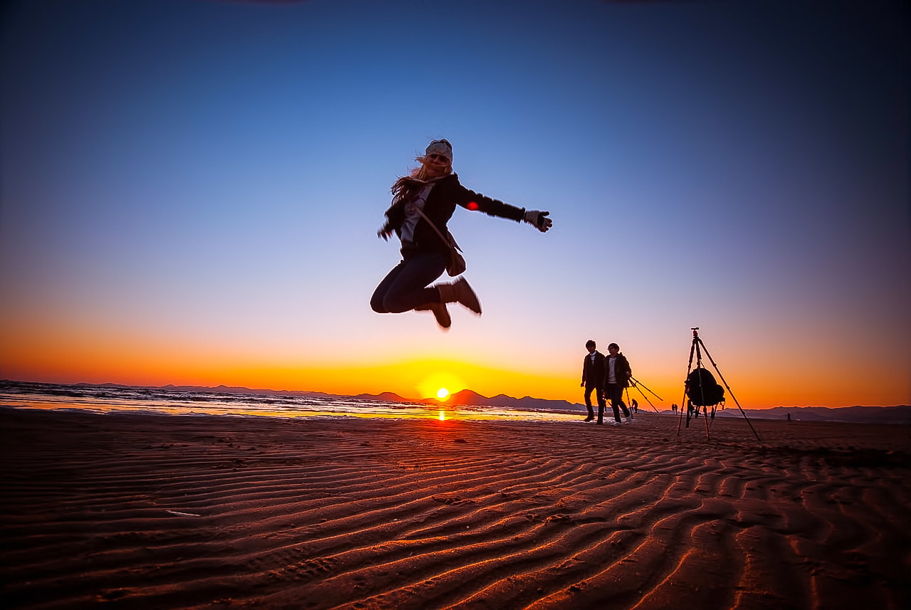Photograph jump by LEE GEON on 500px