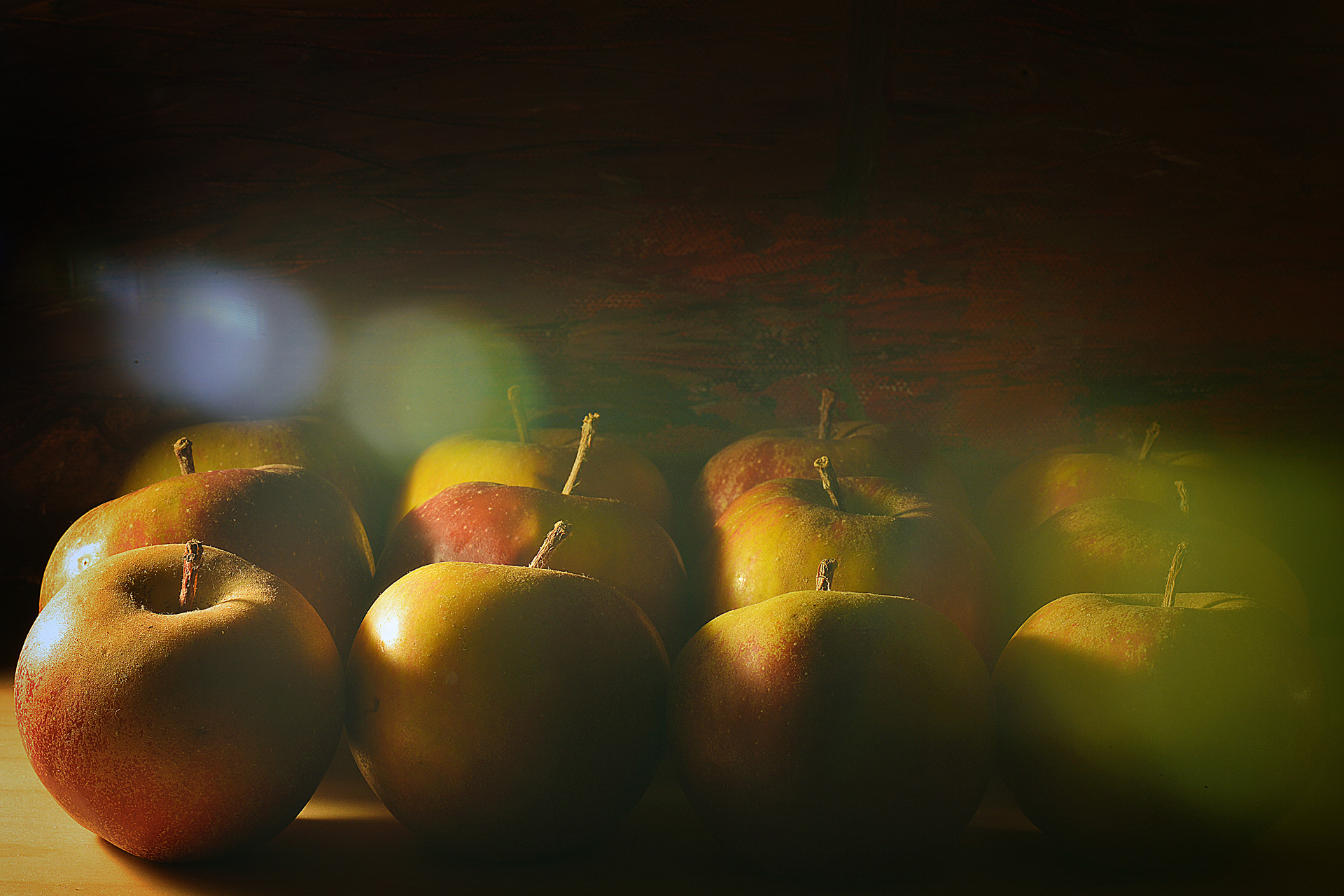 Photograph Pommes by Matthieu Miller on 500px