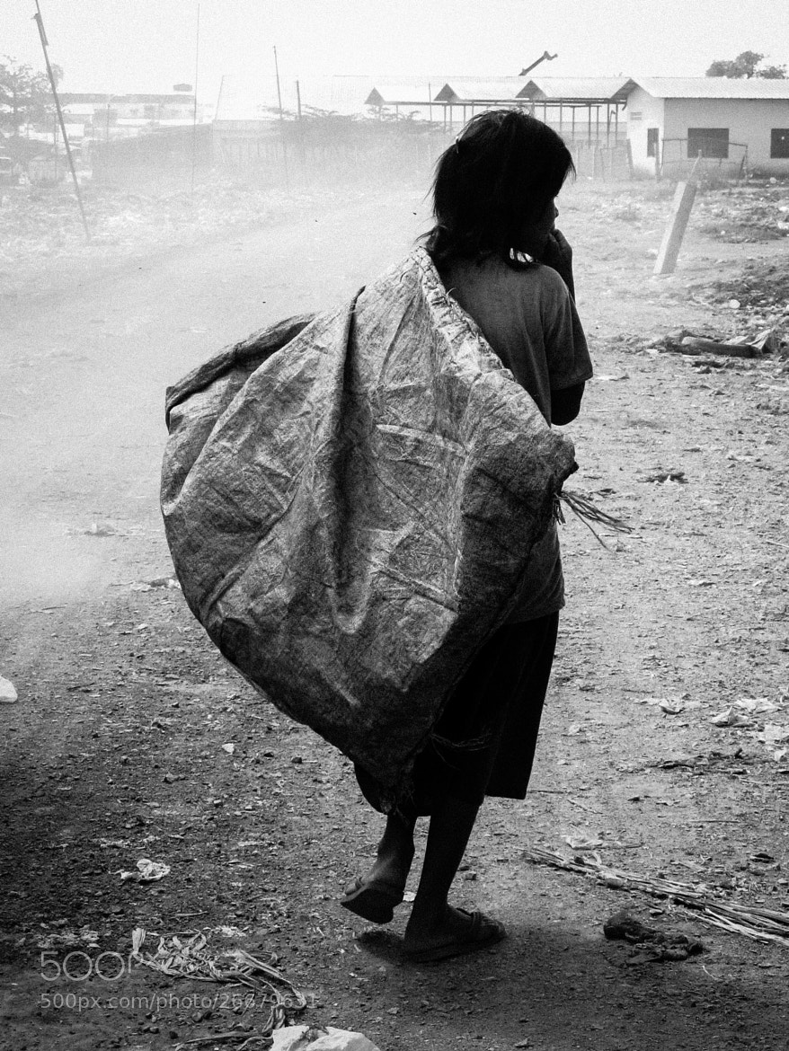 Photograph Child labor by Ofer Perl on 500px