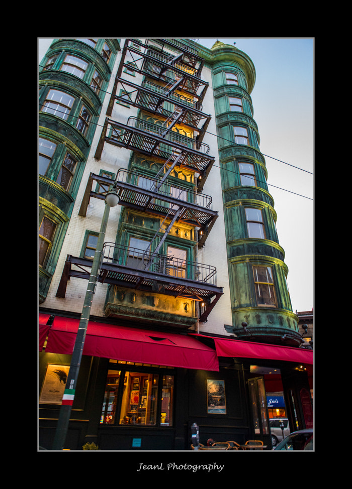 Photograph Building in San Francisco by Jean Li on 500px