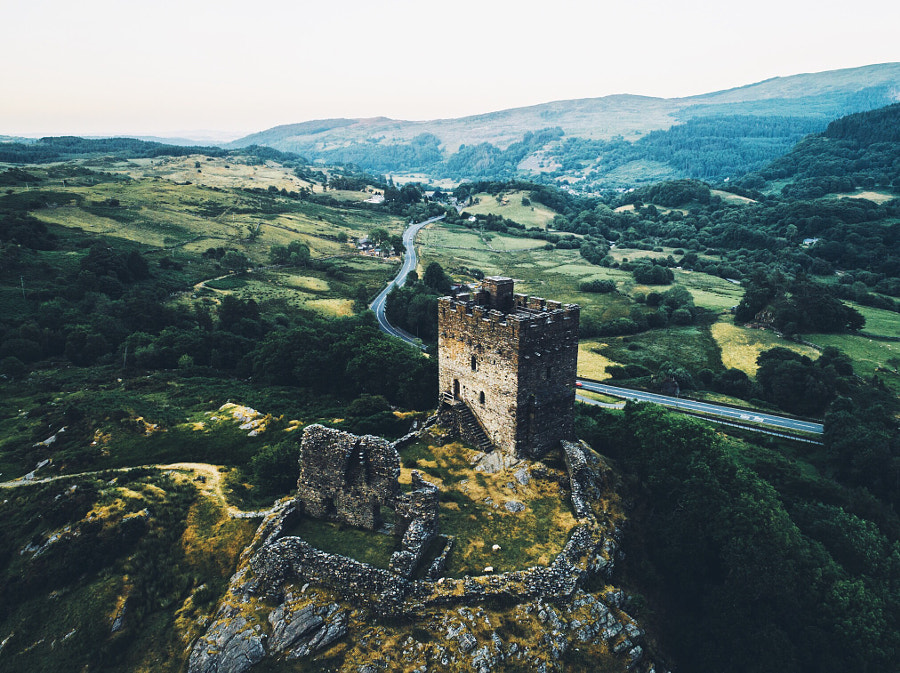 Dolwyddelan Castle by Daniel Casson on 500px.com
