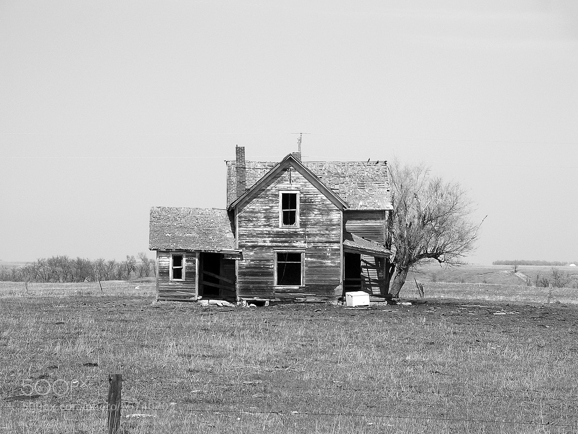 Photograph Prairie farmstead ... by Mark Hufstetler on 500px