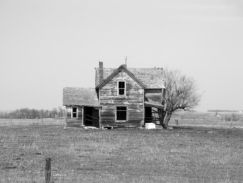 Photograph Prairie farmstead ... by Mark Hufstetler on 500px