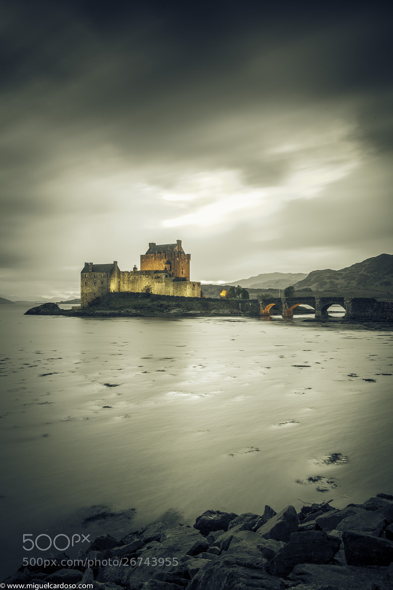 Photograph Eilean Donan Castle by Miguel Cardoso on 500px