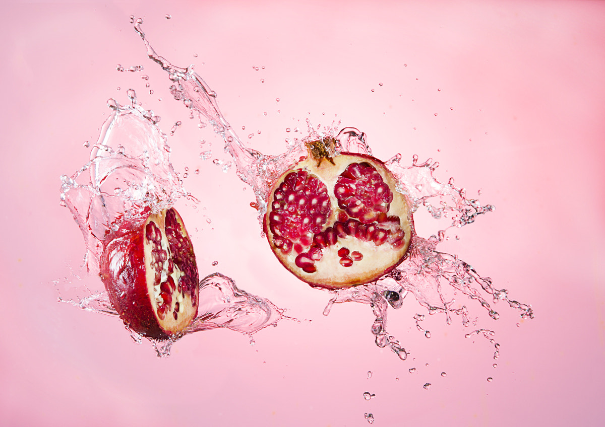 Photograph Blowing fruit by Sylvain Millier on 500px