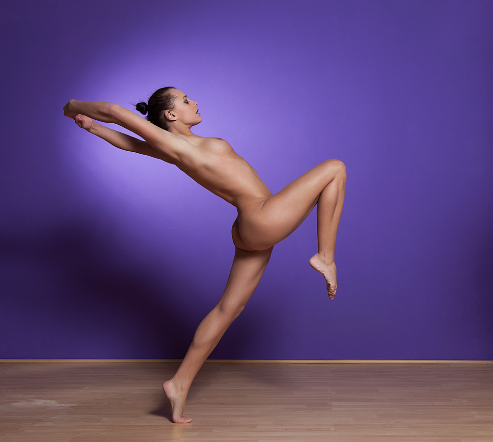 Photograph Amabel Stretching by Donald Gibbs on 500px