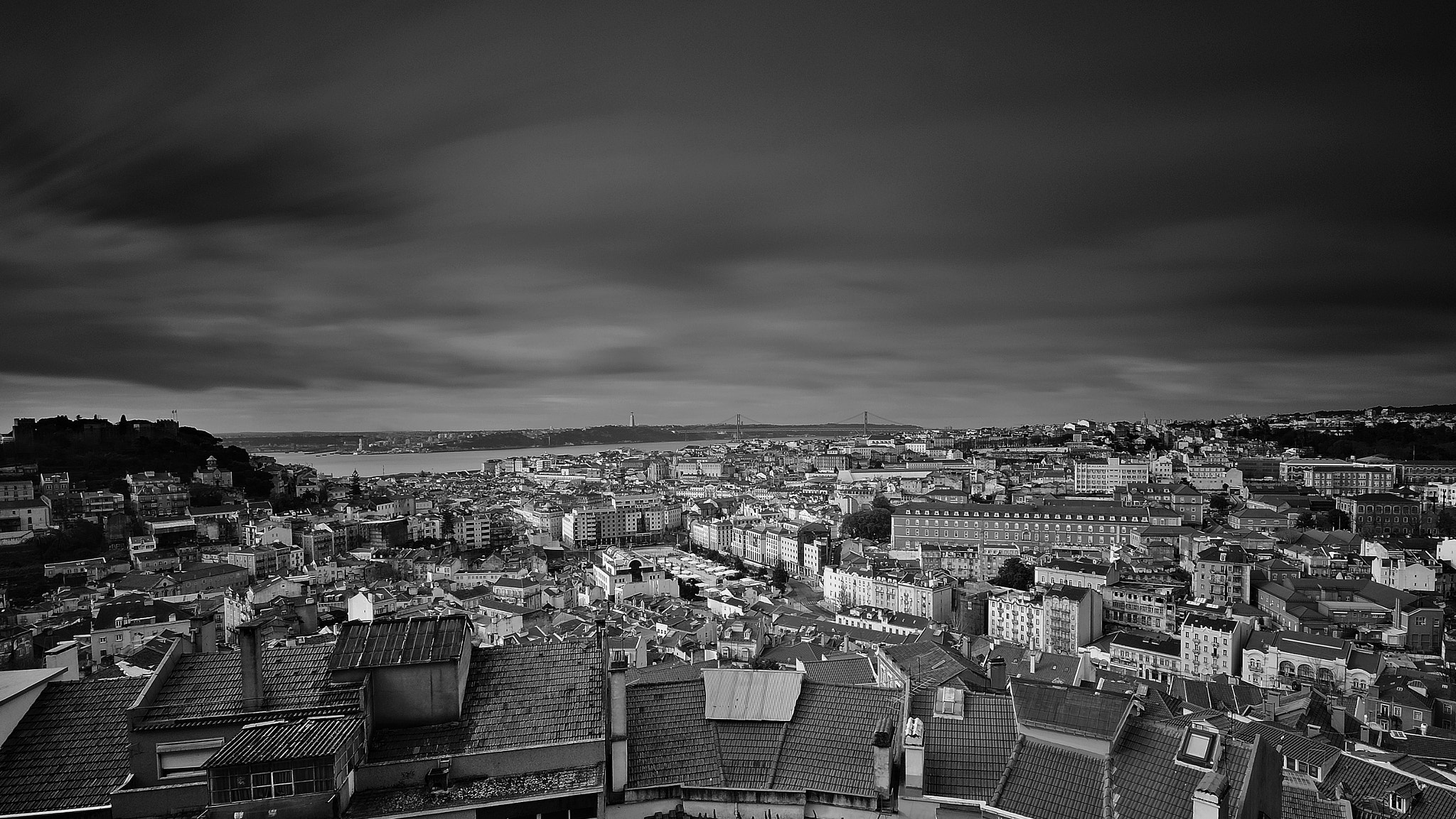 "Photograph Dark Lisbon by Carlos Silva ""Avlisilva"" on 500px"