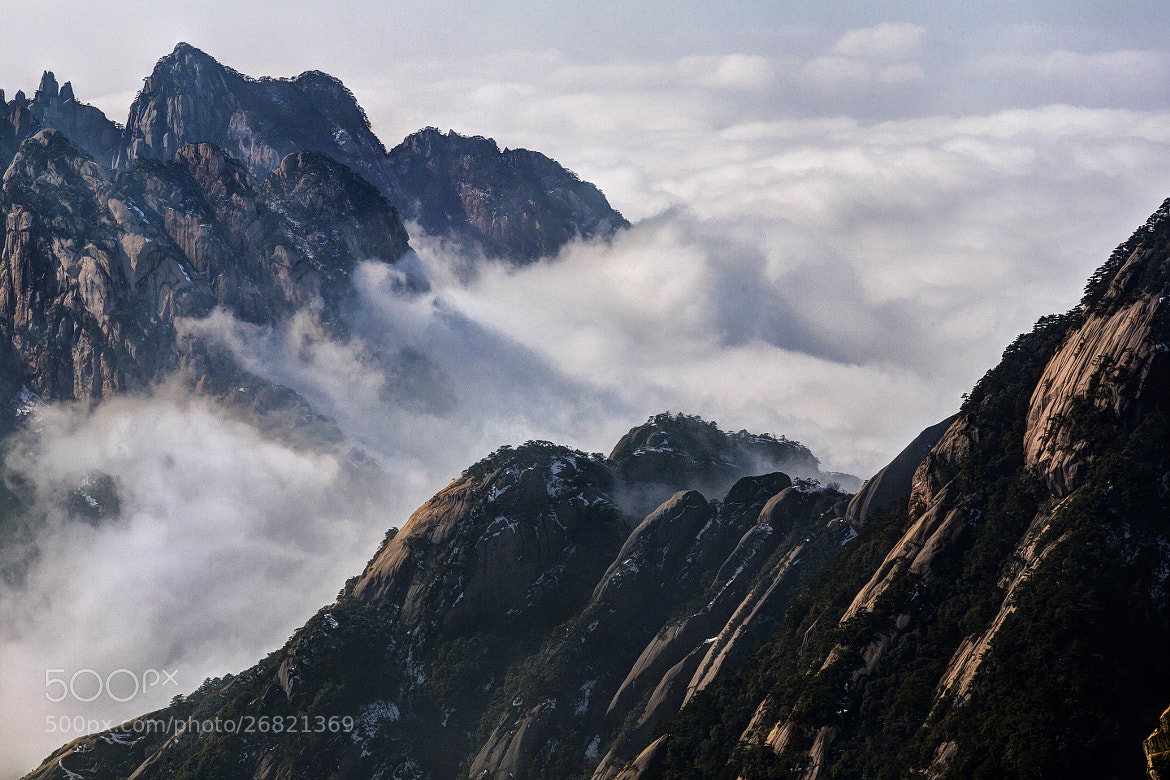 Photograph Over The Fog by Chaluntorn Preeyasombat on 500px