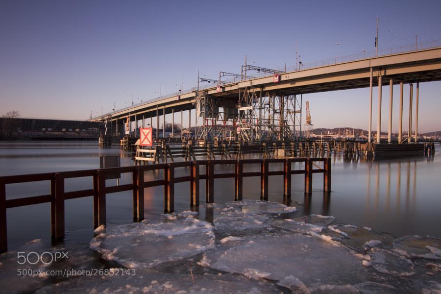Göta Älvbron by Kristoffer  (fotokoffe)) on 500px.com