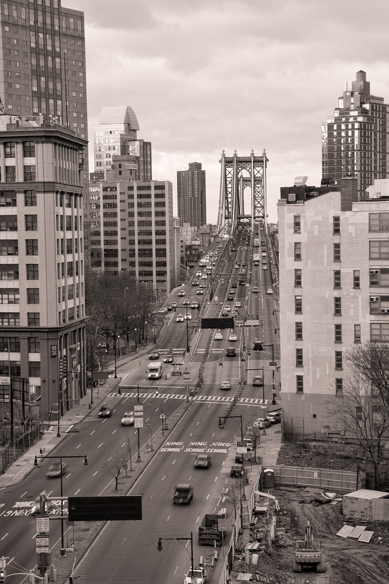 Photograph Manhattan Bridge B&W by Scott Nelson on 500px