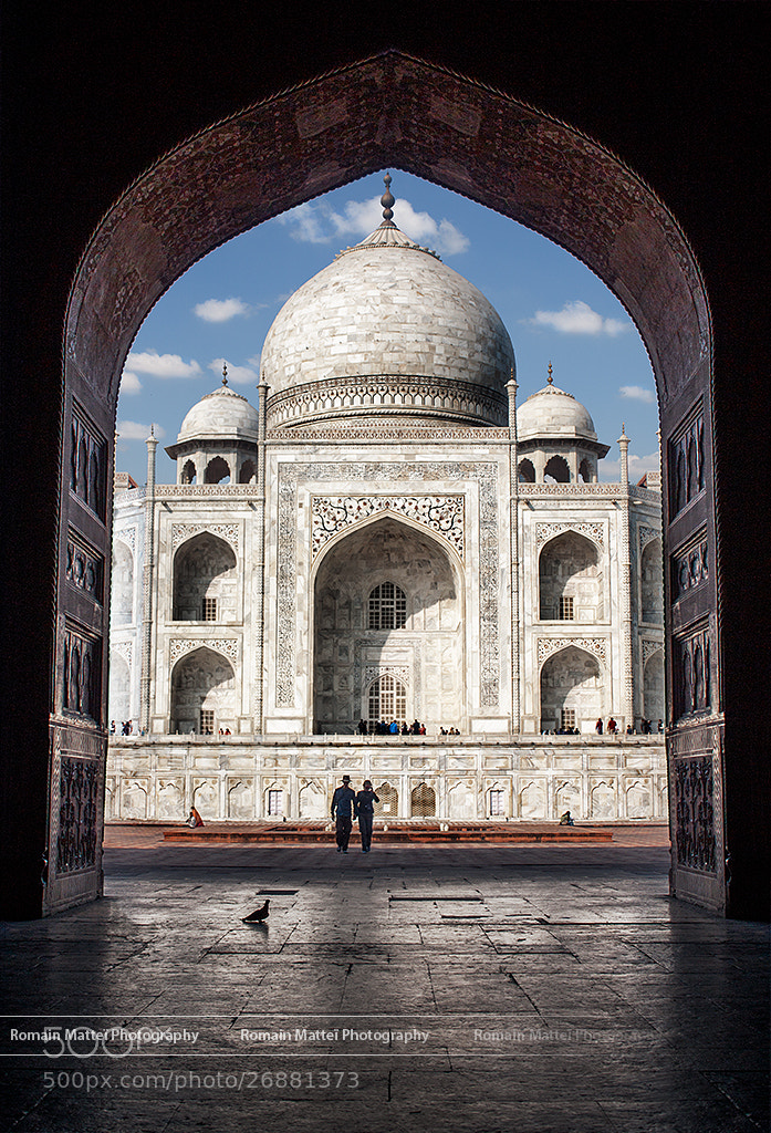 Photograph A Pigeon, a couple and The Taj by Romain Matteï Photography on 500px