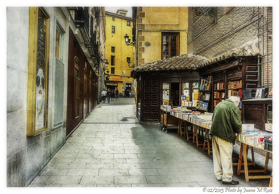 "Photograph Librería de ""viejo"" (Madrid) by Juana Maria Ruiz on 500px"