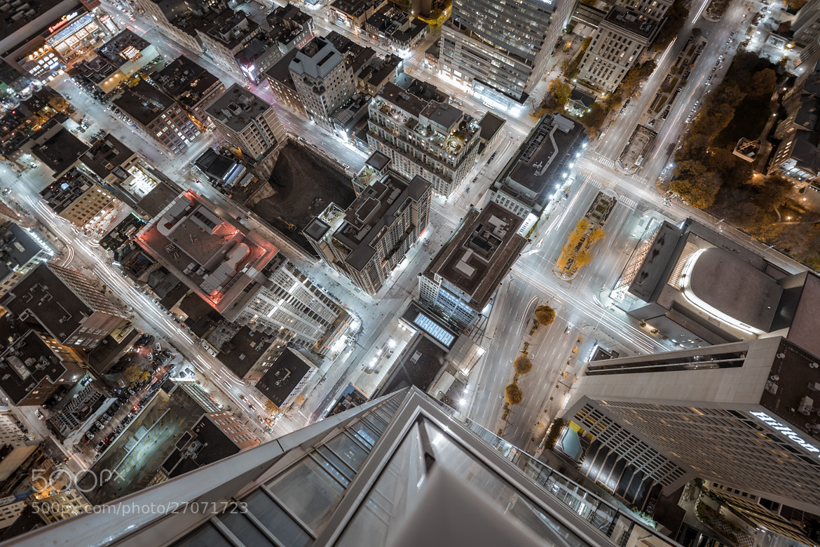 Photograph Over the ledge by Roof Topper on 500px
