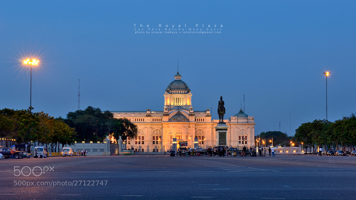Photograph peaceful Evening at the Ananta Samakhom Throne Hall by Jirawas Teekayu on 500px