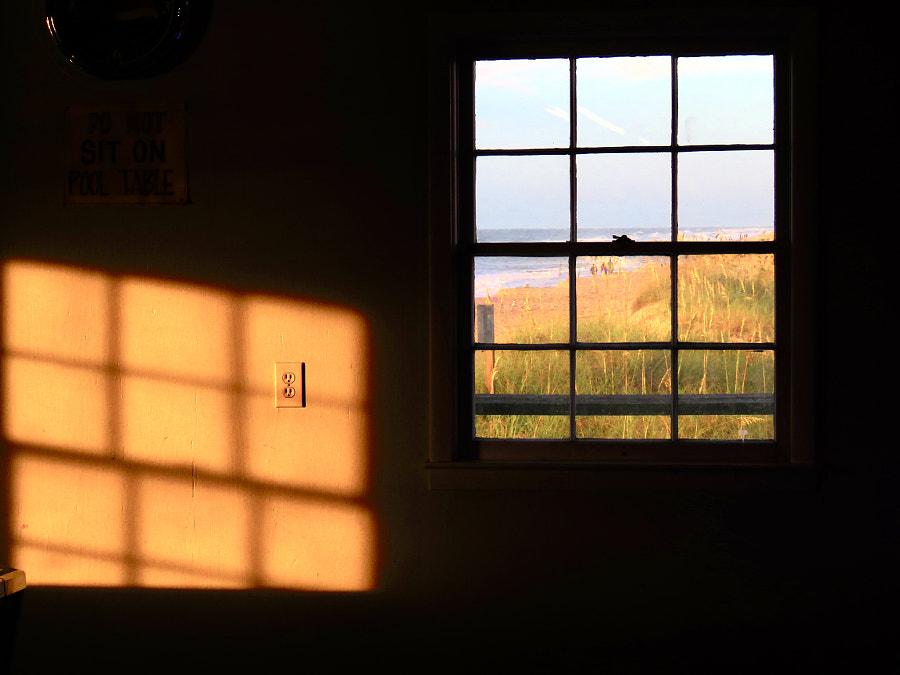 Beach Through A Window, автор — David Heritage на 500px.com