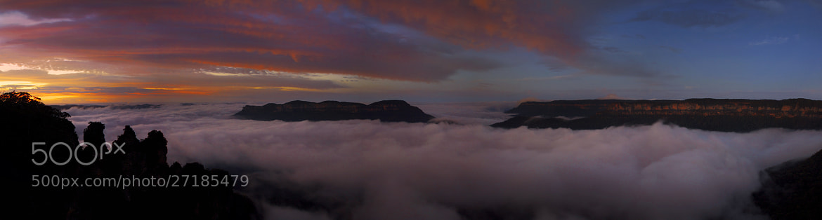 Photograph Foggy Start At The Three Sisters || KATOOMBA by Rhys Pope  on 500px