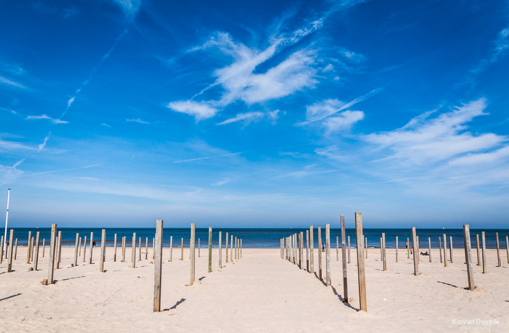 Photograph Beautiful blue sky at the beach by Konrad Dwojak on 500px