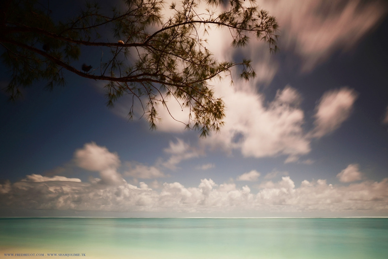 Photograph Ile aux cocos by Fred Melot on 500px