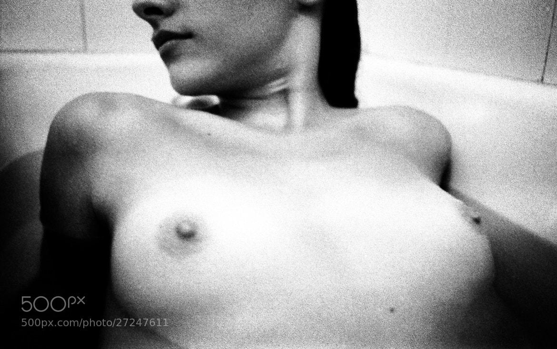 Photograph Femme #2 by Orlando Calheiros on 500px