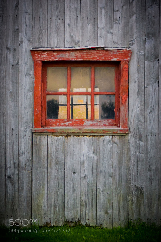Photograph Old barn  by Simon Lanciault on 500px