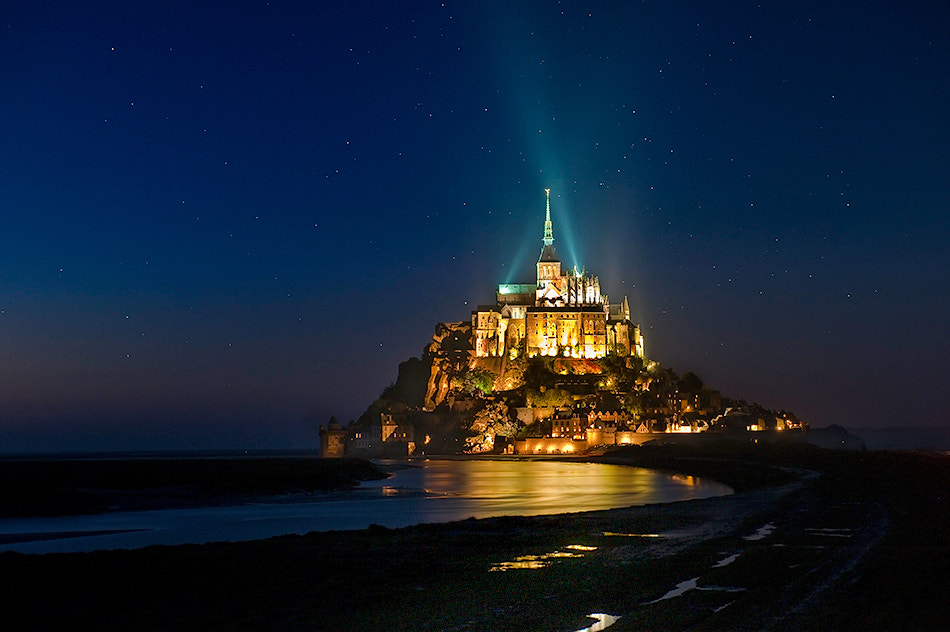 Photograph Stars in Le Mont Saint Michele by David Martín Castán on 500px