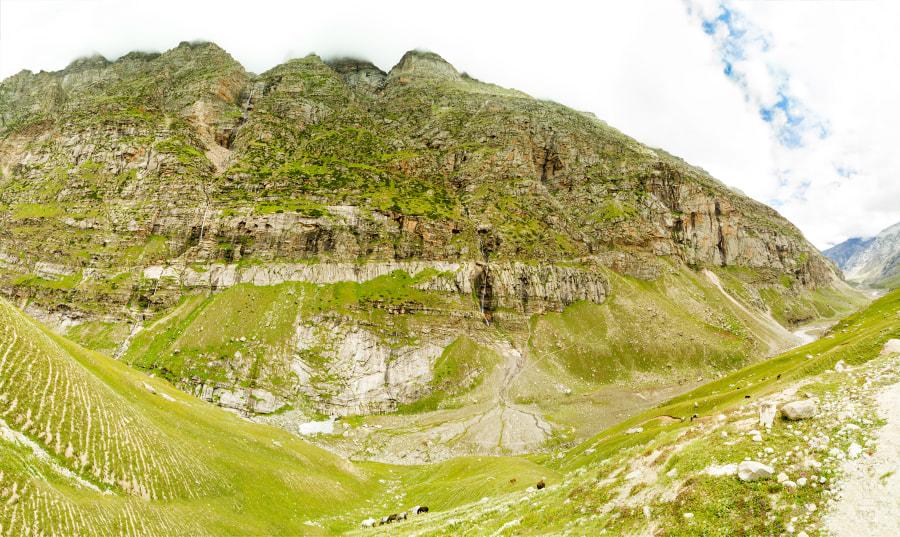 Гималаи. Индия. Панорама. Chenab River valley