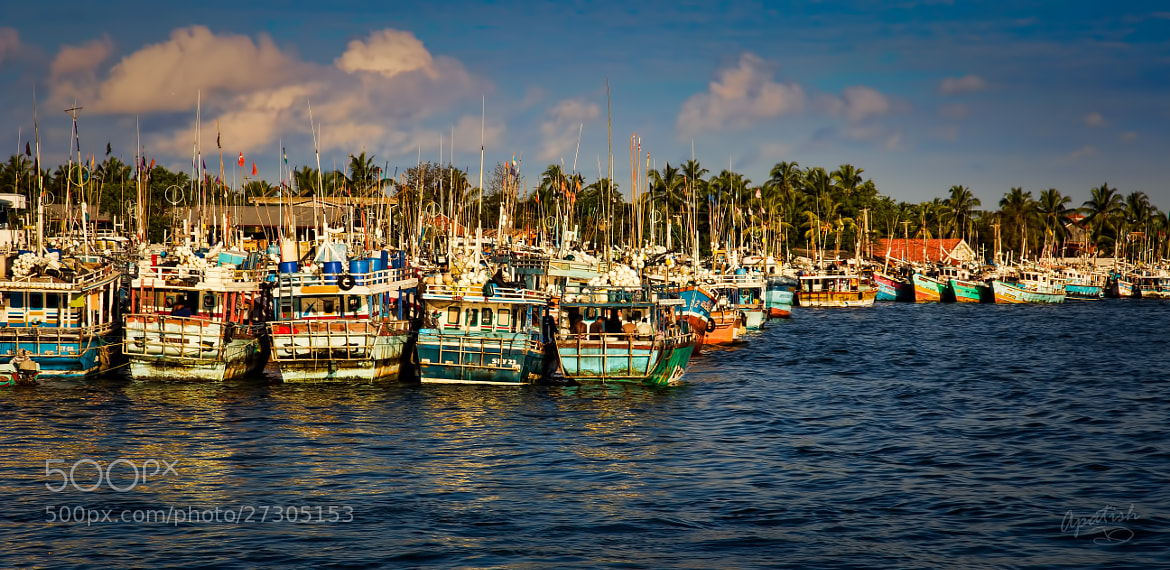 Photograph boats of horizon by Ariel Patish on 500px
